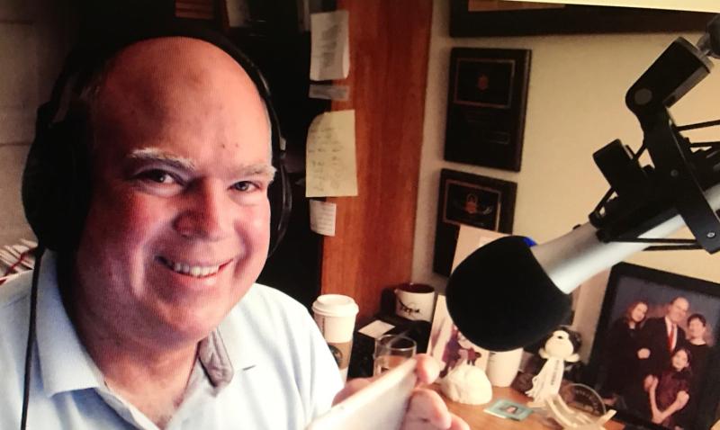 Max podcasting