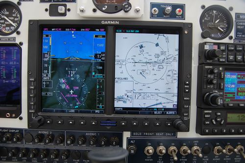 Garmin G500 with optional Electronic Charts